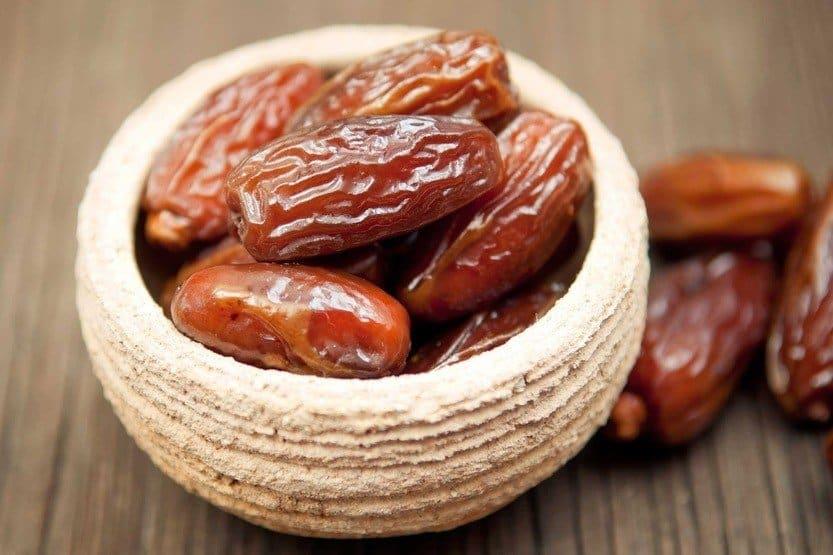 10 فوائد لتناول التمر على الافطار في رمضان
