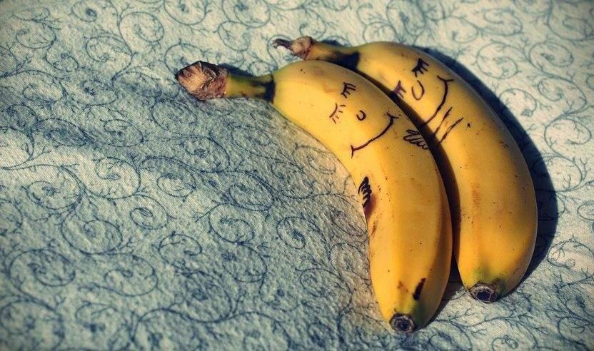 أسباب جوهرية تحفز على تناول الموز قبل النوم