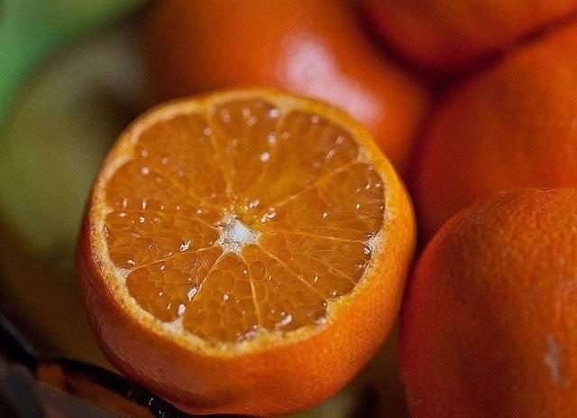 البرتقال ومأكولات تساعد على إنقاص الوزن