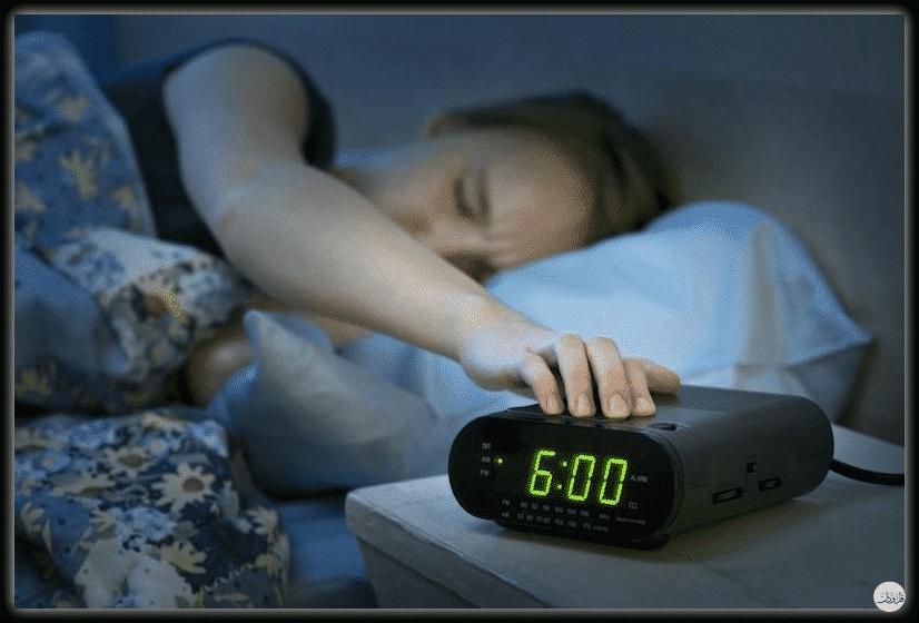 6 أخطاء شائعة تؤدي إلى الاستيقاظ متأخرا