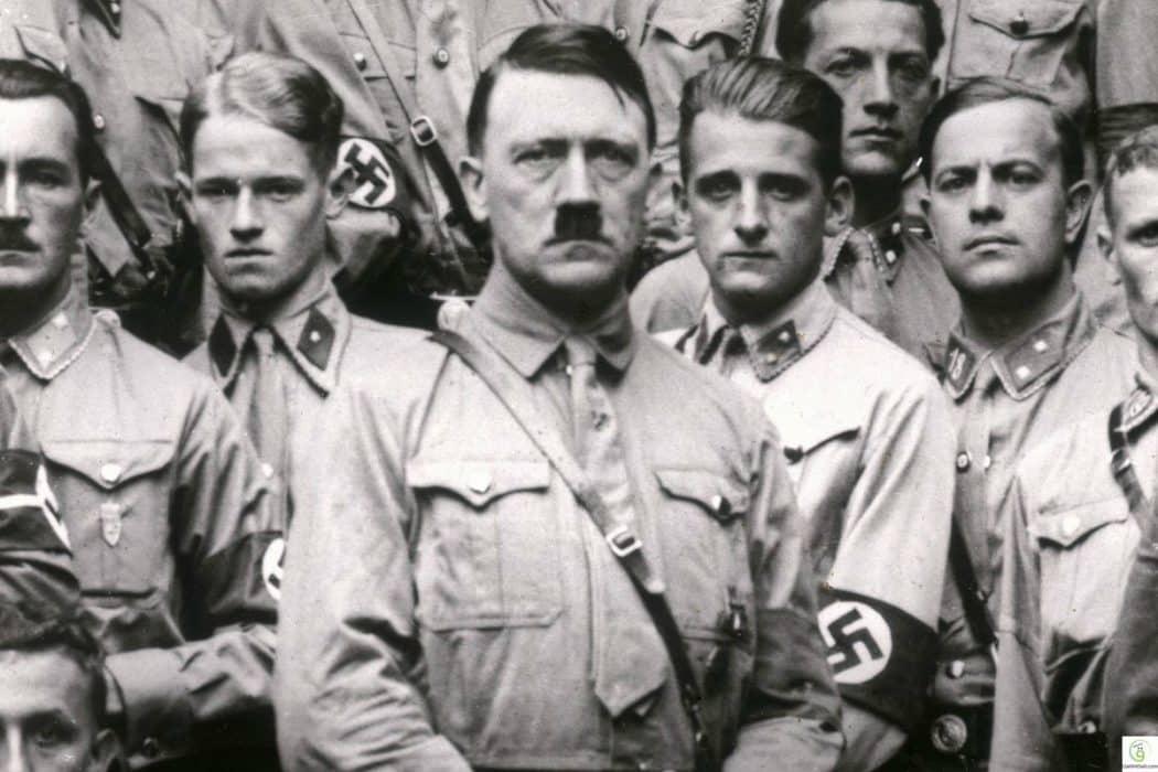 7 رجال كادوا أن يقتلوا هتلر