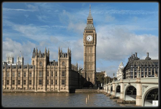 10 أسرار غامضة في أشهر المعالم التاريخية