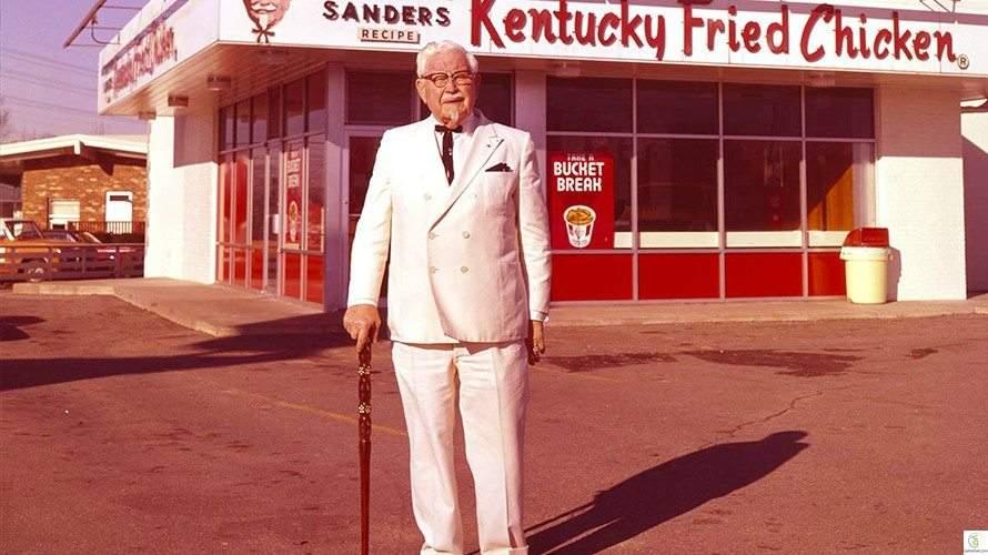 طُرد من الجيش فتحول إلى رمز للنجاح.. ماذا تعرف عن مؤسس دجاج كنتاكي