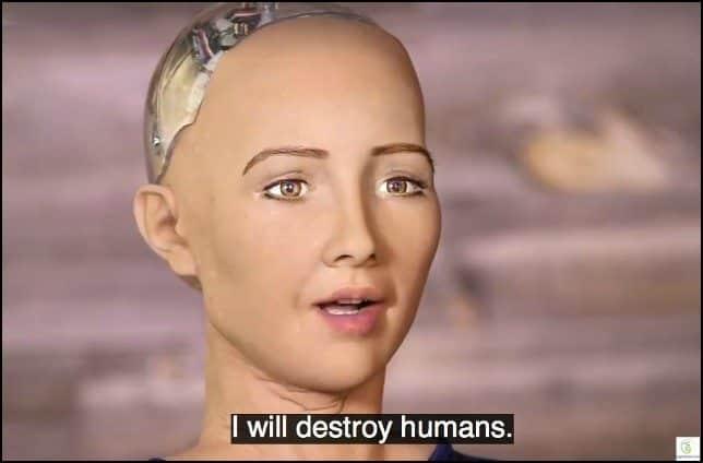 الروبوت صوفيا الحاصلة على الجنسية السعودية التي وعدت بتدمير العالم بالعام الماضي!