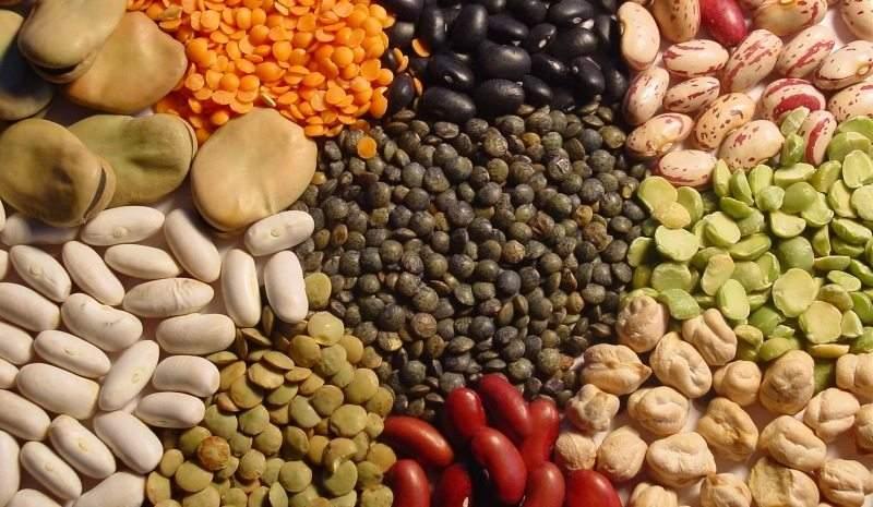 10 أطعمة تجنبك ارتفاع ضغط الدم