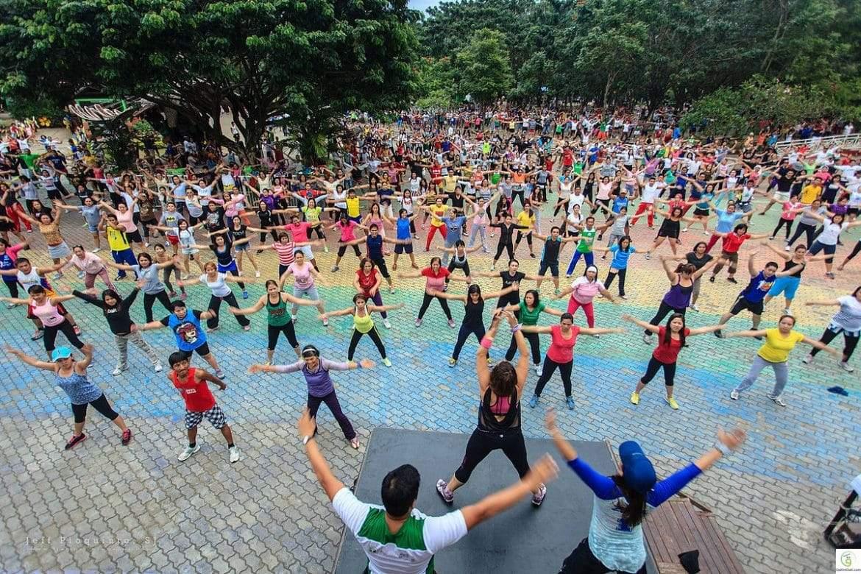 الزومبا ملكة اللياقة البدنية.. فوائد صحية مثيرة لرياضة الرقص