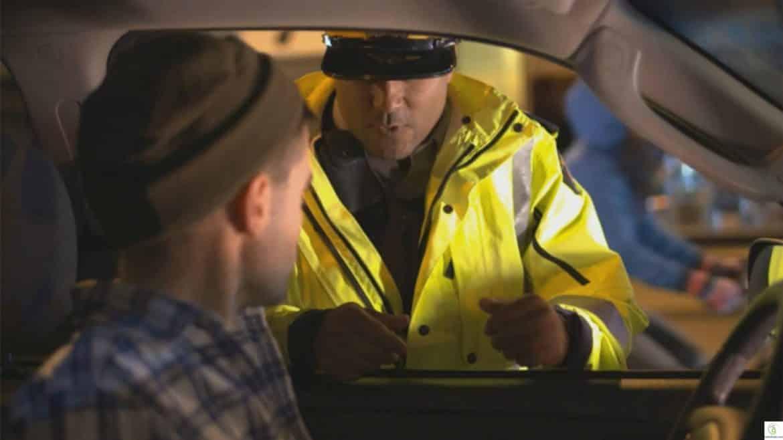 """""""إذا عُرف السبب بطُل العجب"""".. أغرب قوانين المرور حول العالم"""