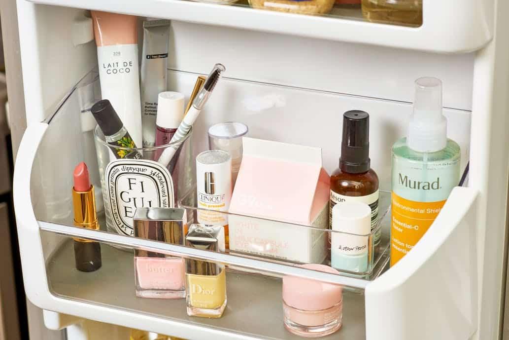أدوات تجميل ينبغي حفظها في الثلاجة