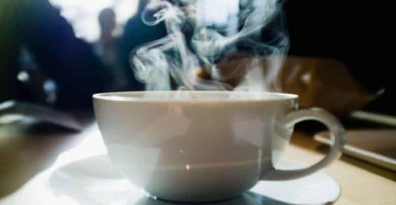 الجانب السيئ لتناول المشروبات الساخنة باستمرار
