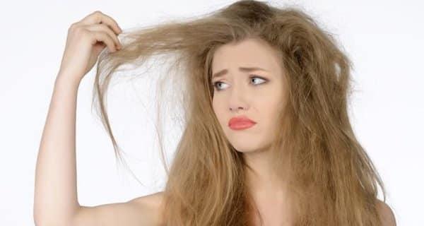 وصفات طبيعية سحرية للتخلص من الشعر الجاف