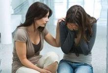 كيف تخرج صديقك المقرب من الاكتئاب