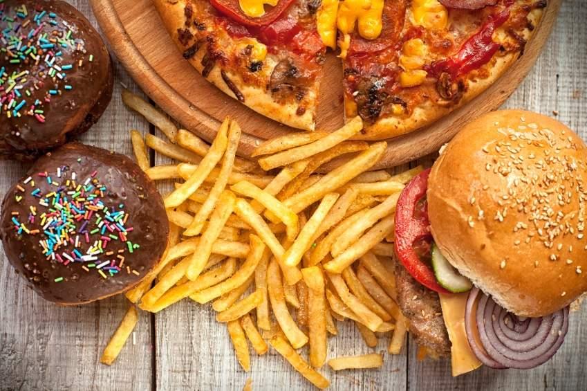 أطعمة ينبغي تجنبها لتقليل مشكلات المرارة