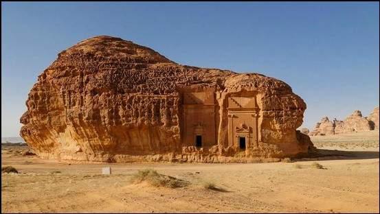 مدائن صالح.. الموقع الأثري الأشهر والأكثر غموضا بالسعودية 1