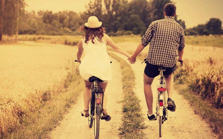 بالأدلة العلمية: زوجة سعيدة.. حياة سعيدة