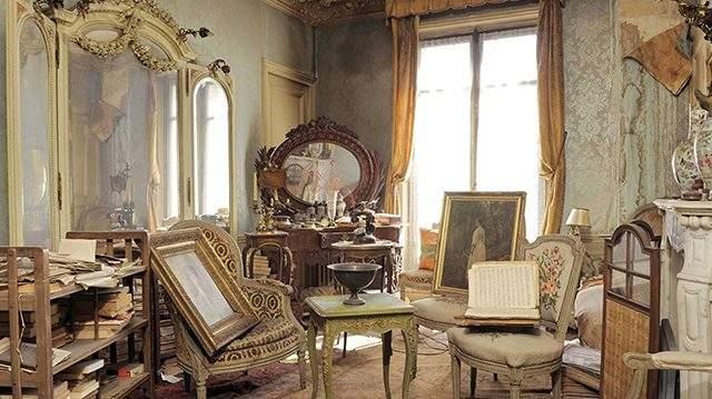 شقة مهجورة في باريس منذ الحرب العالمية الثانية.. تذهل الخبراء بعد فتحها من جديد!