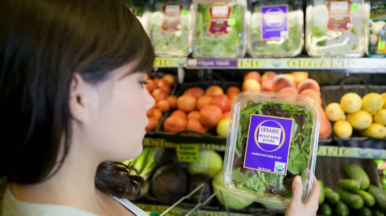 نصائح لتفادي التأثير السلبي للطعام في هرمونات المرأة