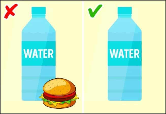 7 مواقف ينصح خلالها بعدم شرب الماء