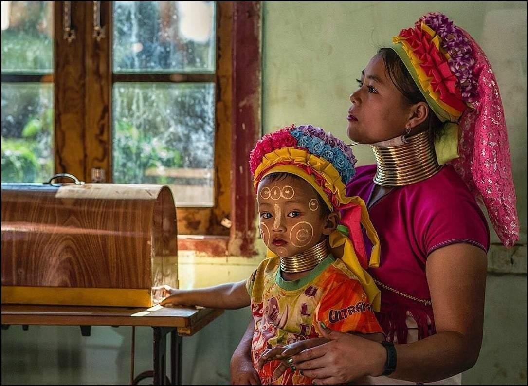 صور تبرز علاقة الأم بأطفالها عبر العالم