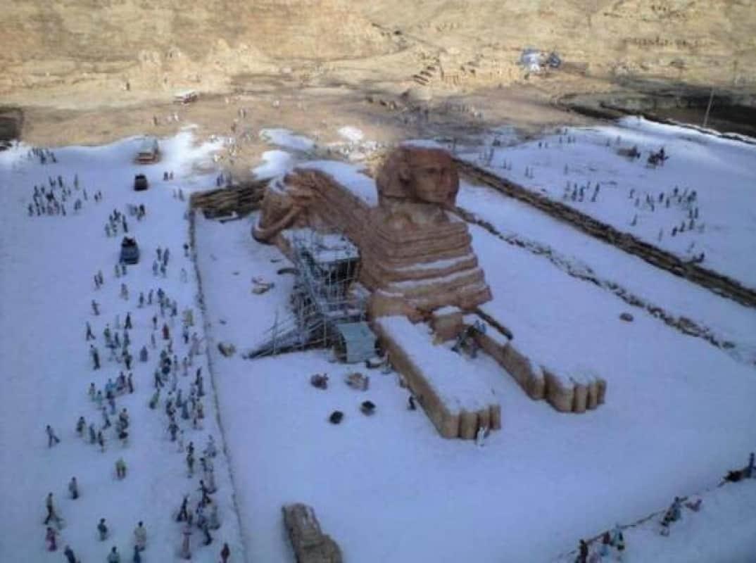 هل غرق أبو الهول والأهرامات في الثلوج من قبل؟
