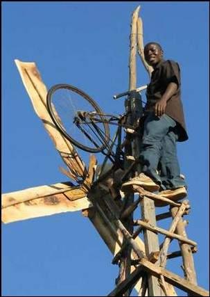 كيف تمكن ابن الـ14 من توليد الكهرباء في قريته الفقيرة؟ 2