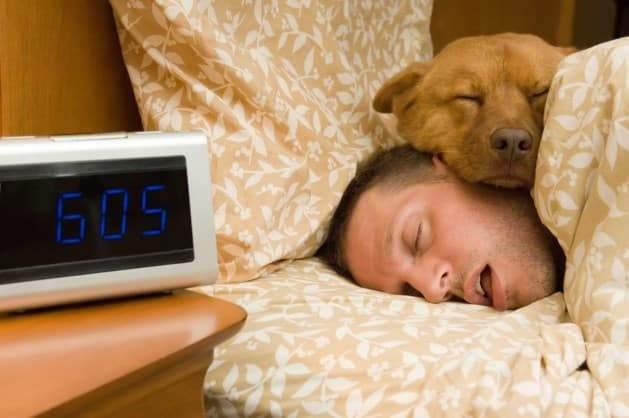 أزمات صحية خطيرة.. والسبب كثرة النوم
