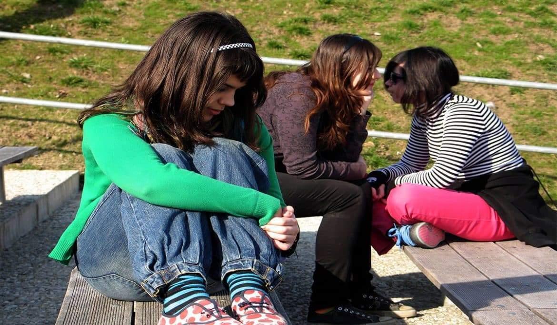 5 خطوات اكتساب الثقة الاجتماعية بالنفس