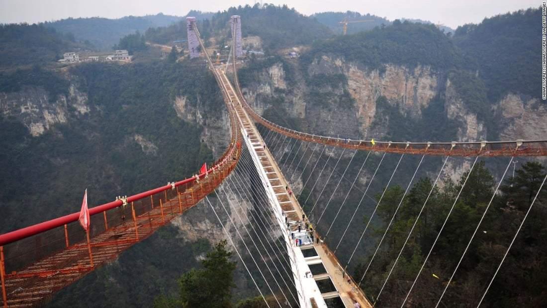 لا تنظر إلى الأسفل! جسور ستفكر مرتين قبل عبورها