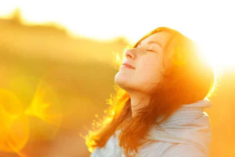 ماذا يحدث لجسدك عند الحرمان من الشمس؟