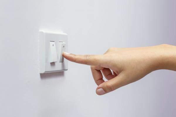 ترشيد استهلاك الكهرباء في 8 خطوات