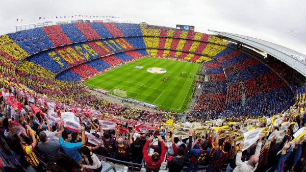 أشهر ملاعب كرة القدم في العالم