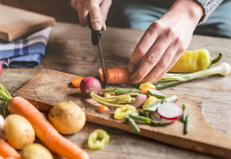 12 نصيحة فعالة لاستخدام سكين المطبخ بشكل مثالي