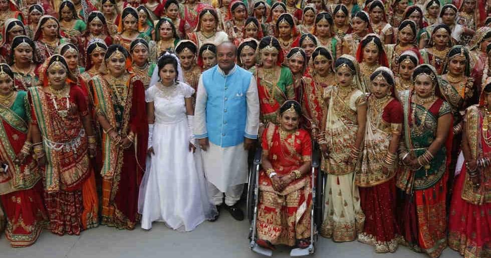 ماهيش سافاني.. قصة الأب الهندي لـ2000 فتاة