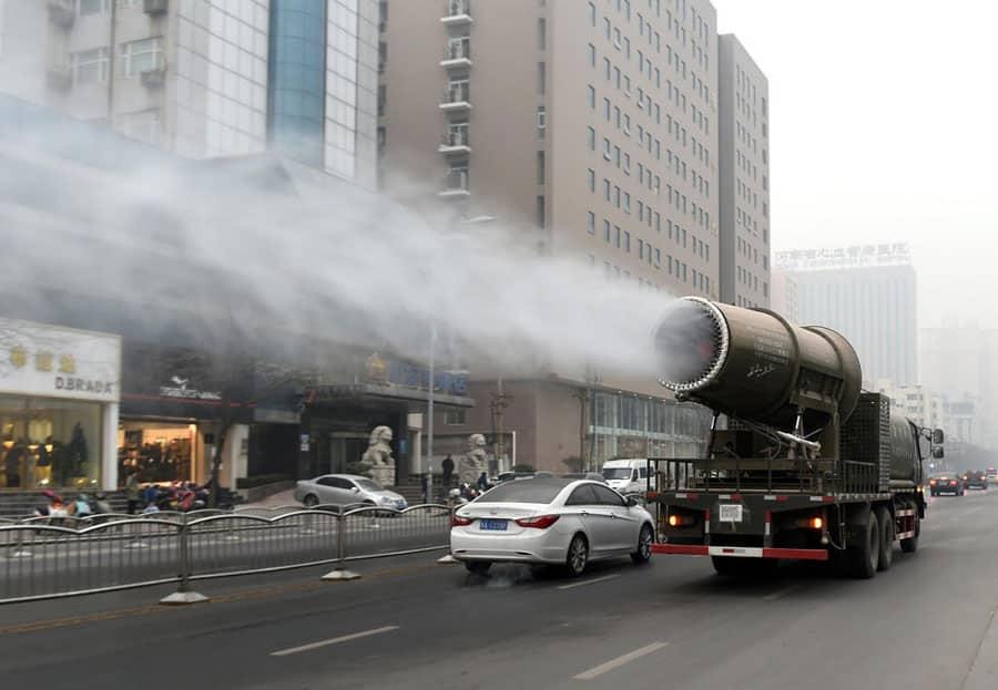هل تطلق السيارات العطور على المواطنين في الصين؟