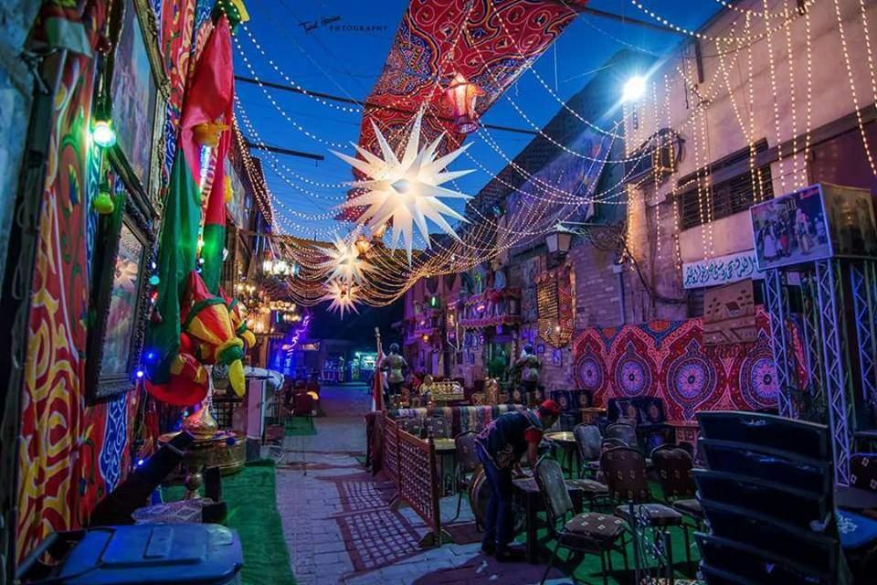 ما الذي يميز شارع المعز في رمضان؟