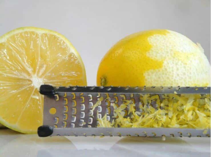 الليمون أقوى من علاج السرطان 10 آلاف مرة.. معجزة أم شائعة؟