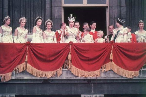 خرافات العائلة الملكية في بريطانيا