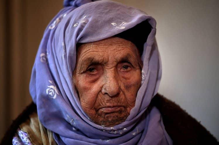 اللاجئة الأكبر سنا في العالم.. تبلغ 111 عاما وتحلم بلم الشمل مع حفيدتيها