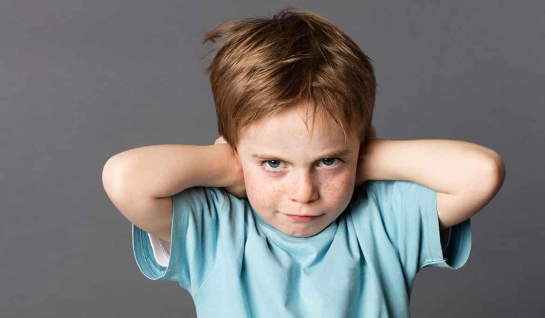 أفضل أساليب التعامل مع الطفل العنيد