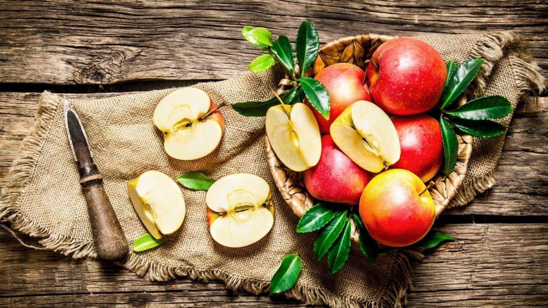 8 أسباب تضع التفاح على رأس مائدة السحور