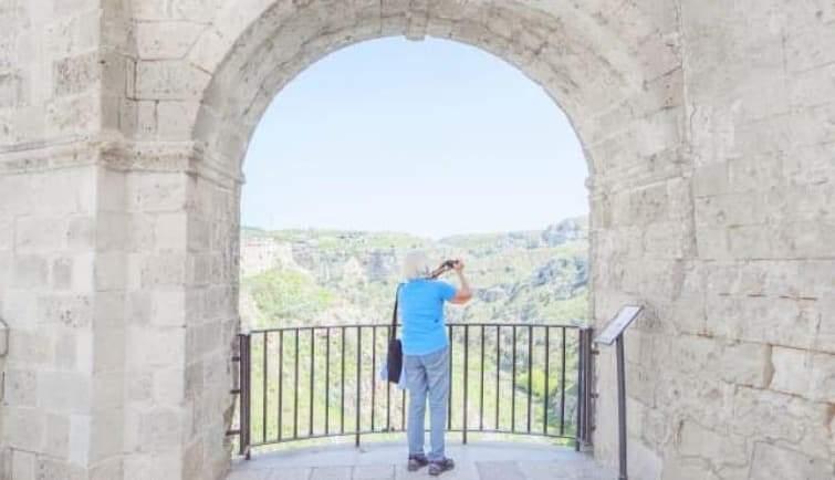 مدينة ماتيرا الإيطالية.. من وصمة عار إلى وجهة سياحية فاخرة