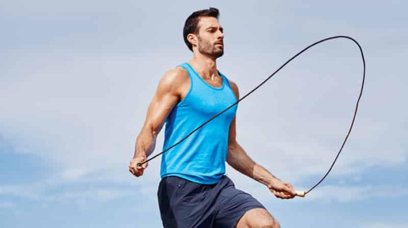 نط الحبل.. رياضة سهلة وفعالة للتخلص من الكرش