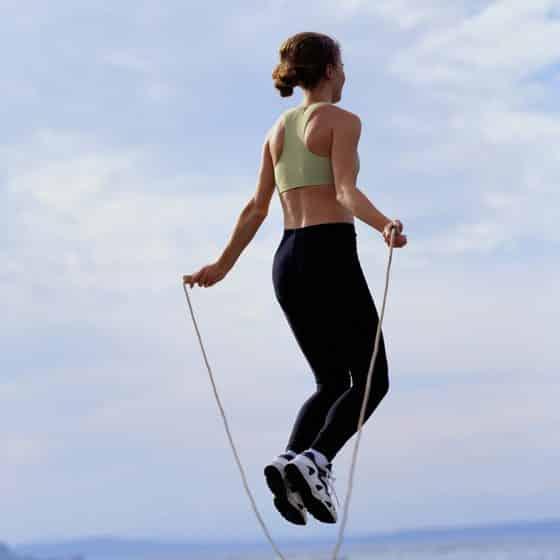 6 فوائد لتمارين قفز الحبل أبرزها حماية القلب وتنشيط الدورة الدموية