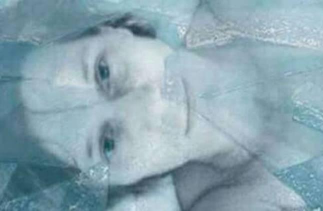 فك أول سيدة مجمدة بالنيتروجين السائل منذ 40 عاما.. حقيقة أم أكذوبة؟