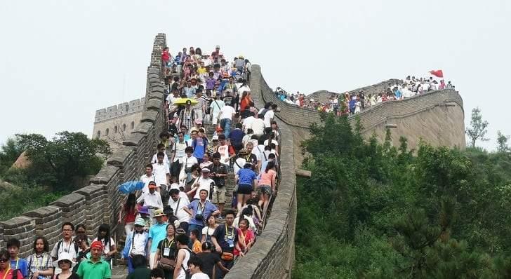 تاج محل وسور الصين.. وأكثر الأماكن السياحية ازدحاما في العالم