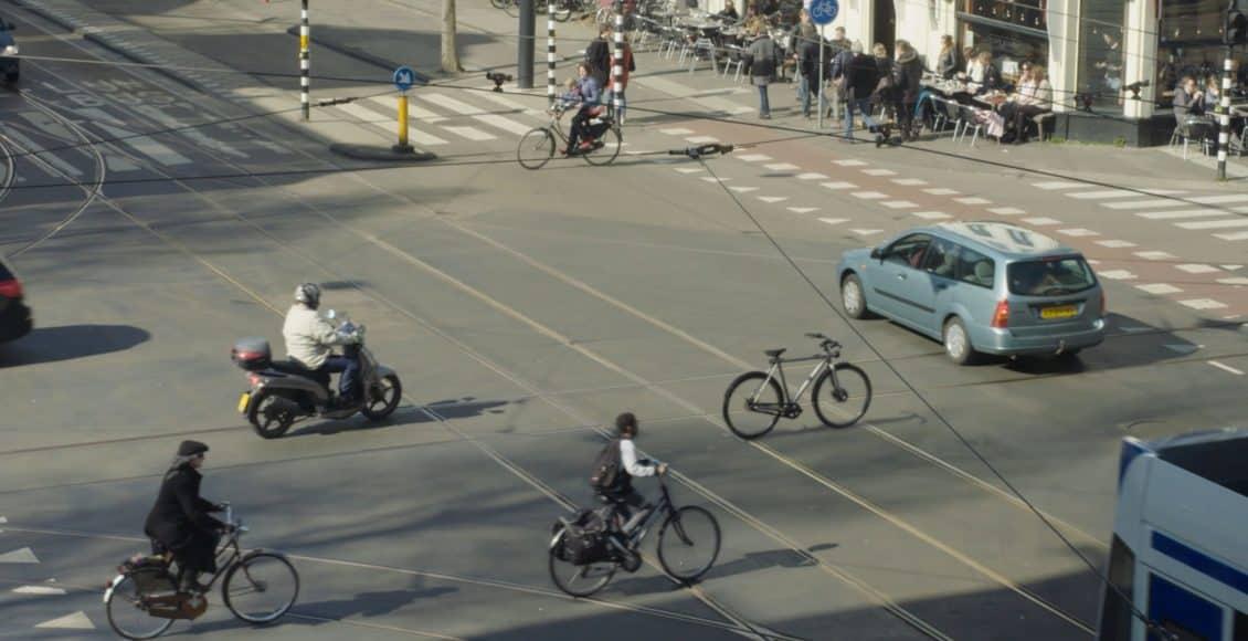 جوجل تبتكر دراجة ذاتية القيادة.. هل حدث هذا بالفعل؟