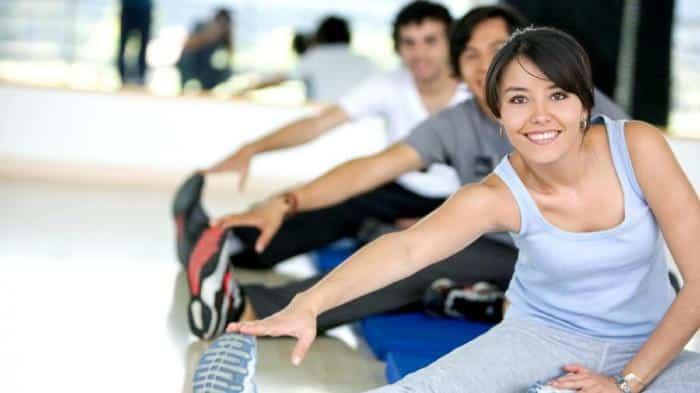 لماذا يحذر الخبراء من ممارسة نفس التمرينات الرياضية طوال الوقت؟