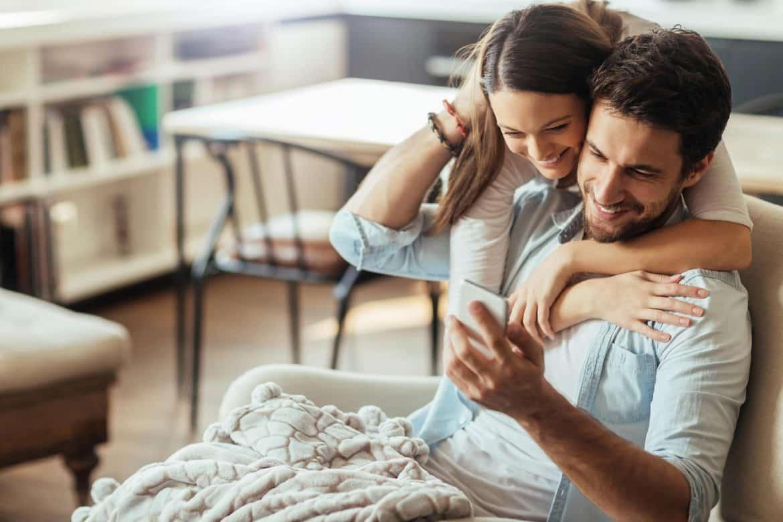 8 أسرار ملهمة لحياة زوجية سعيدة