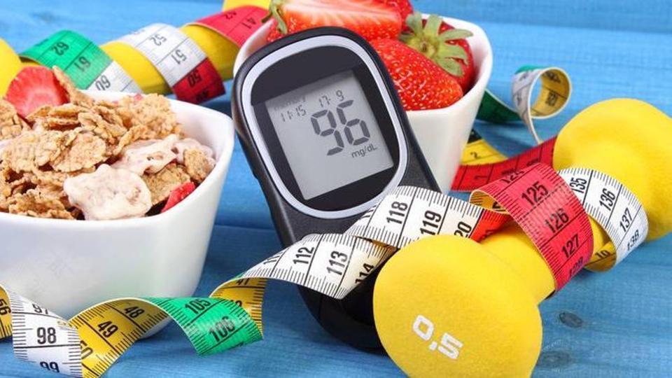 6 أطعمة طبيعية تساعد على تنظيم مستوى السكر في الدم