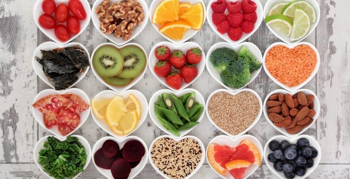 ماذا يحدث للجسم عند تناول الألياف الغذائية باستمرار؟