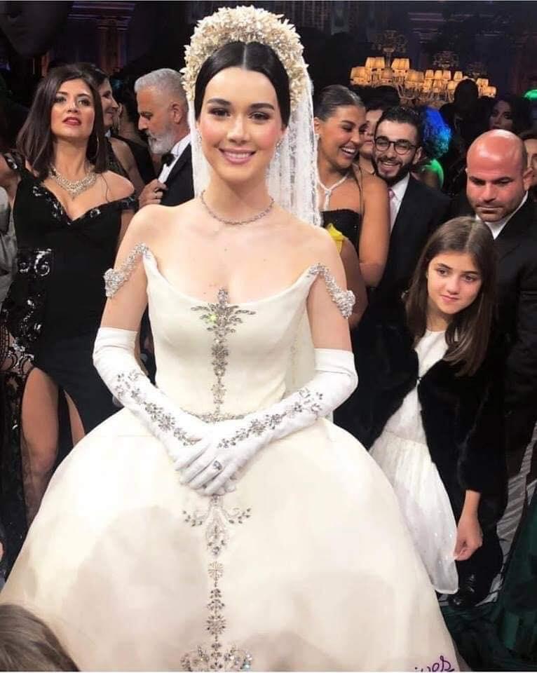 حقيقة صورة حفل زفاف الأميرة فوزية حفيدة الملك فاروق